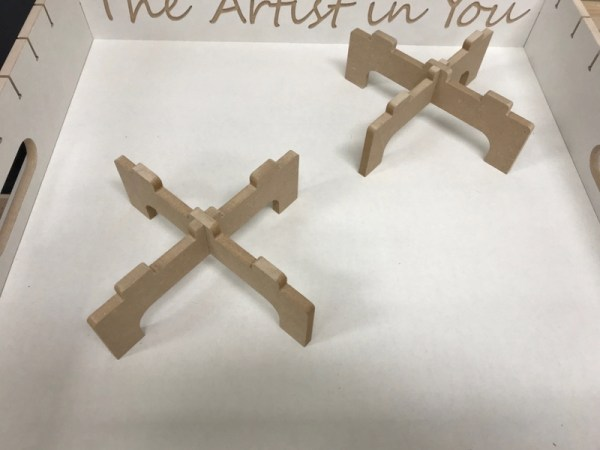 acryl en epoxy dragers kruis