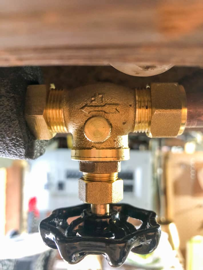 how to replace a leaky shut off valve