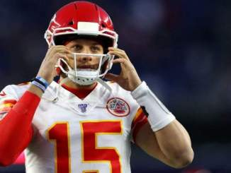 Chiefs' Patrick Mahomes Explains Why He Opted To Receive COVID-19 Vaccine