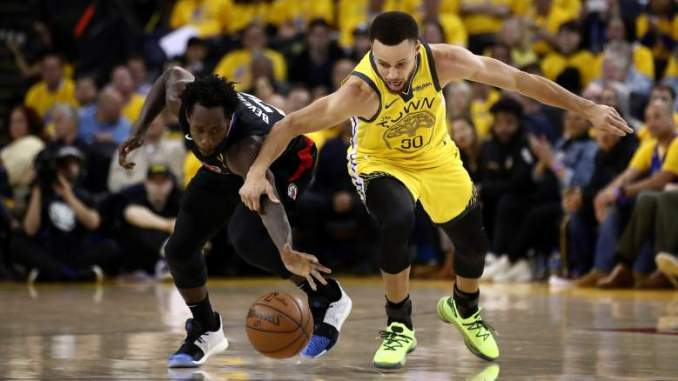 Curry Named Clippers Star a Top Defensive Foe. Or Did He?