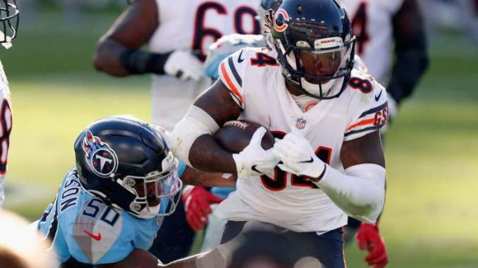 Ex-Bears Fan Favorite Teases Exit, Visits NFC Team: Report