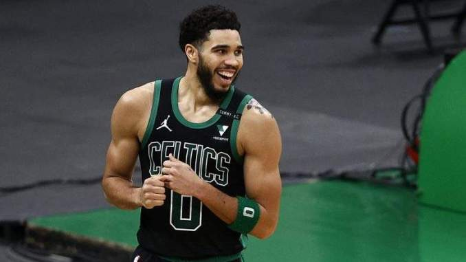 Jayson Tatum's Mom Claps Back After Son's Career Night