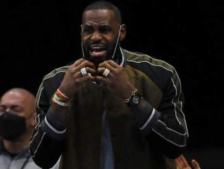 Lakers' LeBron James Responds to Call for Expulsion From NBA