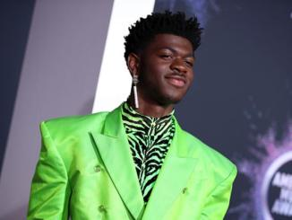 """Lil Nas X Admits He's """"Cried Himself To Sleep"""" Feeling Guilty About His Mother"""