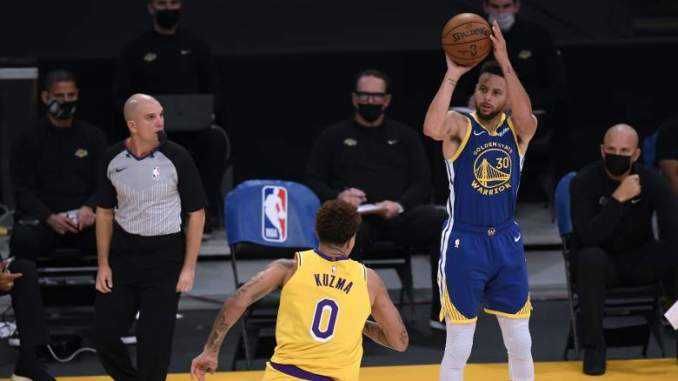 Warrior Steph Curry Made NBA History In Dramatic Fashion