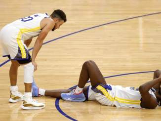 Warriors Steph Curry Reacts to Rookie's Potential Season-Ending Injury