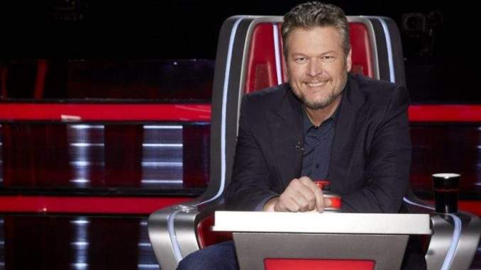 Which Battle Performance Did Blake Give a Standing Ovation To?