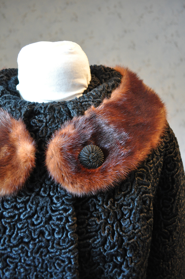 vintage astra fur coat real fur collar closeup