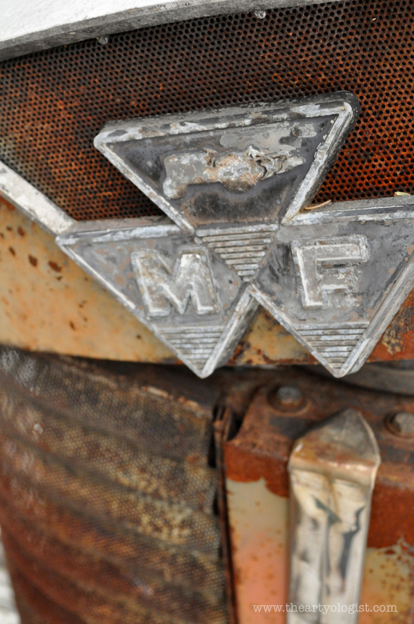the artyologist- image of massey ferguson tractor decal