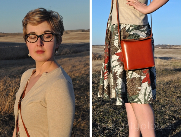 the artyologist image of vintage 1950's outfit with vera pelle purse