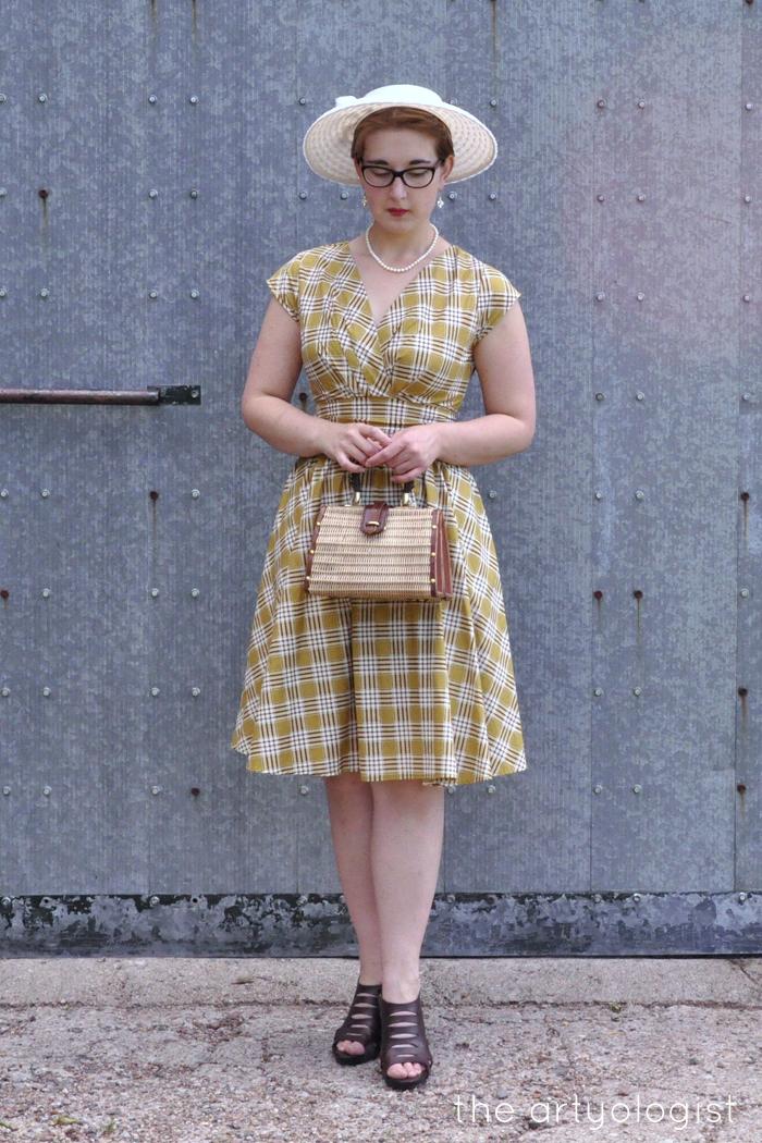 retrolicious nostalgia dress fresh as a daisy the artyologist