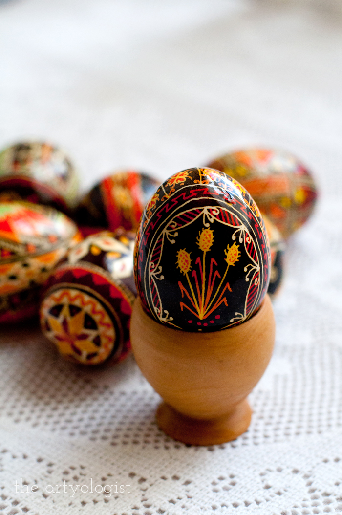 Happy Easter, the artyologist, pysanka wooden stand