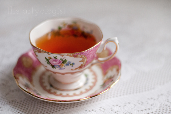 Tea and Cream Coloured Roses, teacup, the artyologist