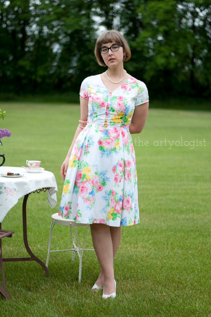 The Ladies Garden Tea (Which is not in a Garden): My Outfit, the artyologist, floral dress 1