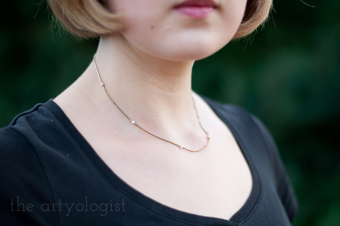 Crossing Over to the Solid Separates Side, the artyologist, necklace-detail