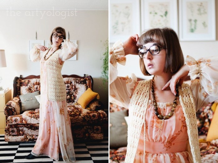 Time Travels (And a Very 1970's Sofa) the artyologist, vintage 1970's sofa and outfit