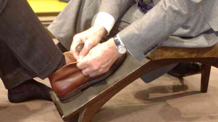 Unintentional ASMR Advice on Shoes