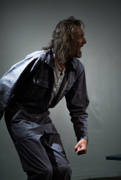Felix Kubitza_das schloss_theaterarche_web7
