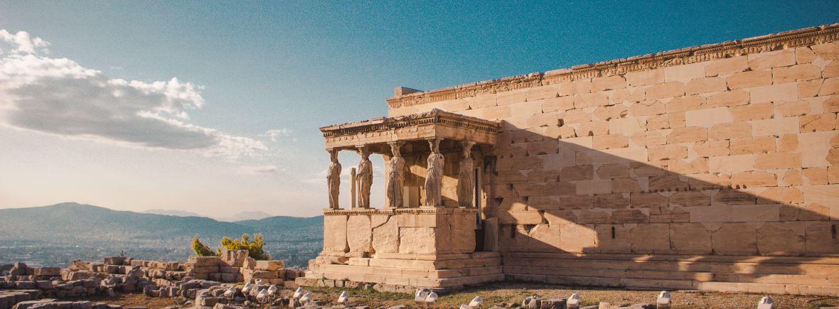 Athene Akropolis - Theatergroep SNEU speelt OMG - Photo by Arthur Yeti on Unsplash