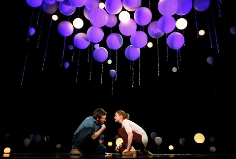 "Jake Gyllenhaal and Ruth Wilson in a scene from ""Constellations"" (Photo credit: Joan Marcus)"
