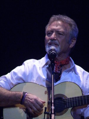 "Larry Gatlin as he recreated ""Look Around"" from ""The Will Rogers Follies""' (Photo credit: Maryann Lopinto)"