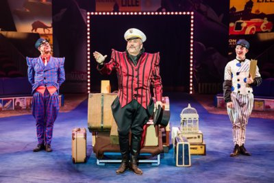 Clown Joel Jeske, Ringmaster John Kennedy Kane and clown Brent McBeth in a scene from Big Apple Circus: The Grand Tour (Photo credit: Maike Schultz: Big Apple Circus)