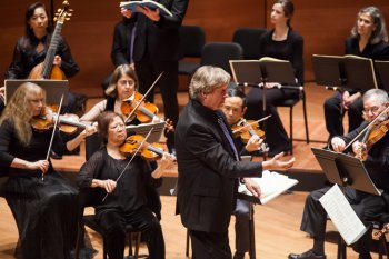American Classical Orchestra and Chorus with Conductor Thomas Crawford (Photo credit: Arlette Landestoy)