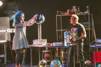 "Kelsey Lane Dies and David Maiullo in a scene from ""That Physics Show!"" (Photo credit: Donnell Culver)"
