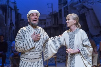 "F. Murray Abraham and Caroline Lagerfelt in a scene from ""Nathan the Wise"" (Photo credit: Richard Termine)"
