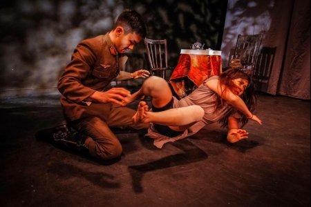 "Cherng-Mao Sun and Meggy Hai Trang in ""Saitama,"" part of ""Blankets and Bedtime"" (Photo credit: Bryan Cash)"