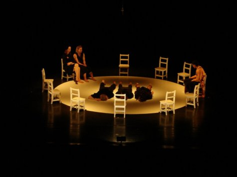 """""""Rushes"""" performed by Pilobolus Dance Theater (Photo credit: John Moncrief)"""
