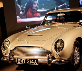 London Attractions – Bond In Motion