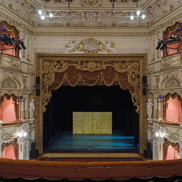 proscenium stage diagram box 220 volt single phase wiring what are the types of theatre stages and auditoria sheffield lyceum pros image showing arch