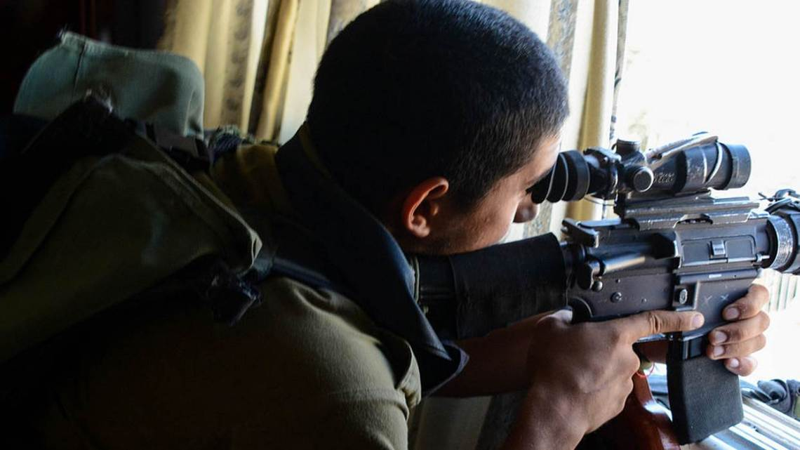 Soldat israélien de Protective Edge