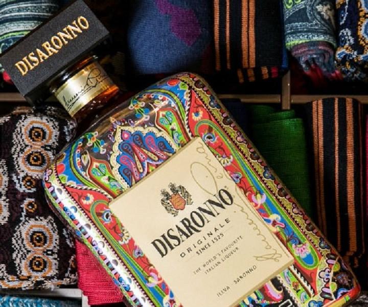 Disaronno wears Etro. La limited edition per beneficenza