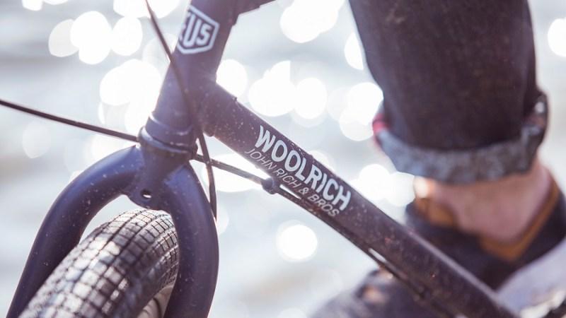 Arriva la Woolrich E-Bike realizzata in collaborazione con Deus Ex Machina – Milano Design Week #15