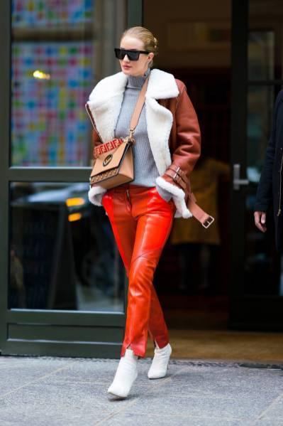 Rosie Huntington-Whiteley in Acne Studios, Givenchy e Fendi, NY