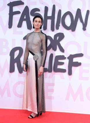 Erin O'Connor in Alice Temperley e scarpe Jimmy Choo al Fashion For Relief Gala, Cannes Film Festival