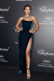 Irina Shayk in Alberta Ferretti al Secret Chopard party, Cannes