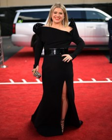 Kelly Clarkson in Christian Siriano ai Billboard Awards 2018