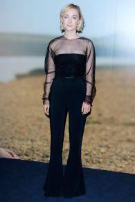 Saoirse Ronan in Cushnie et Ochs alla proiezione On Chesil Beach.