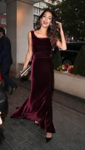 Amal Clooney in Alberta Ferretti al WAAAUB Uk Chapter Gala Dinner, London
