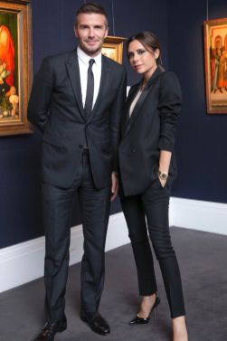 David e Victoria Beckham al Victoria Beckham x Sotheby's Old Master Paintings opening night, London.