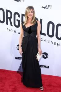 Jennifer Aniston in Christian Lacroix ai AFI Life Achievement Award, Los Angeles