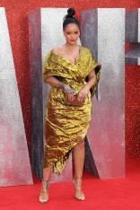 Rihanna in Poiret all''Ocean's 8' film premiere, London