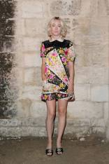 Saoirse Ronan in Gucci al Gucci Cruise 2019 Show, Arles, France