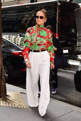 Jennifer Lopez in Gucci, NY