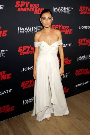 Mila Kunis in Johanna Ortiz alla Special screening for Lionsgate's 'The Spy Who Dumped Me,' New York