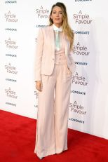 Blake Lively in Ralph Lauren alla premiere of A Simple Favour, London
