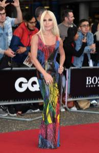 Donatella Versace in Versace ai GQ Men of the Year Awards
